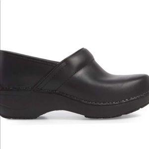 Dansko brand nurse shoes